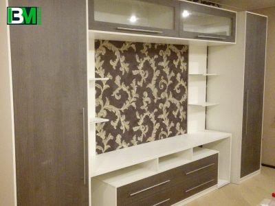 бело коричневая стенка в зал с местом для ТВ