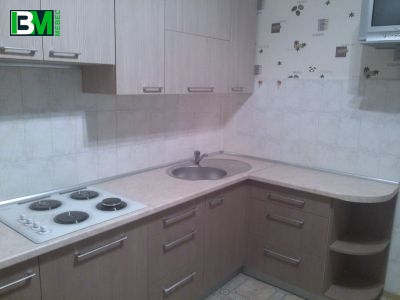угловая кухня коричневая из ЛДСП